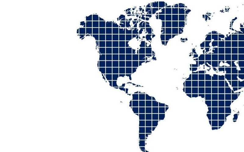 Карта мира в белом и синем