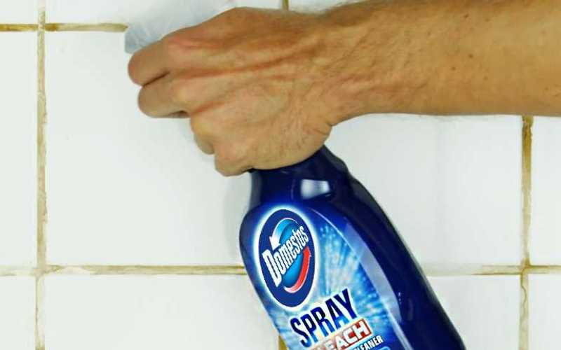 Dezinfectant spray universal